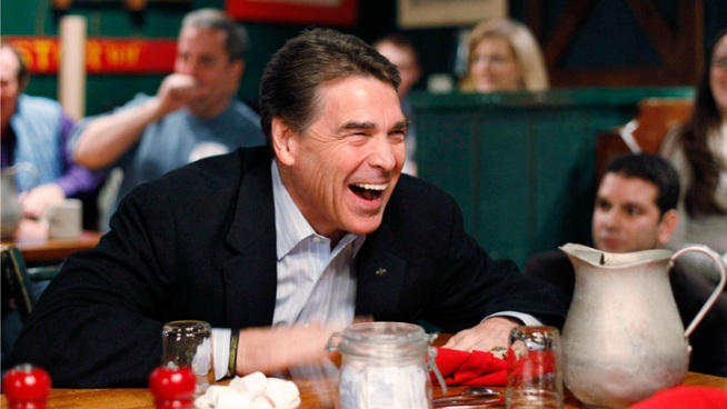 Perry Blasts Obama But Goes Easy on GOP Rivals