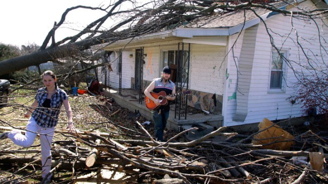North Texans Helping Tornado Victims
