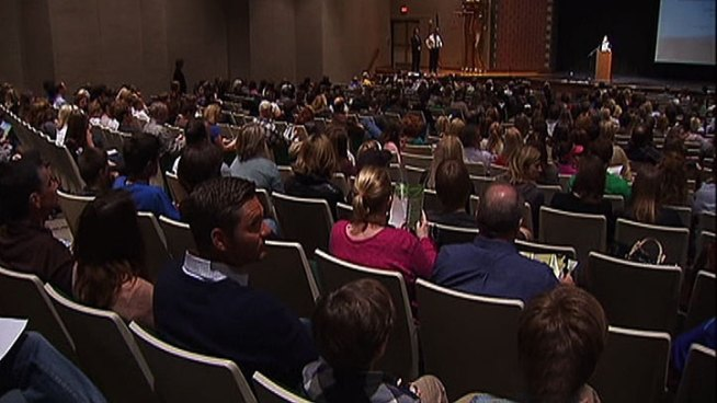 Hundreds of parents and students in Southlake gathered Monday night, determined to prevent more teen tragedies within the community after recent teen suicides.