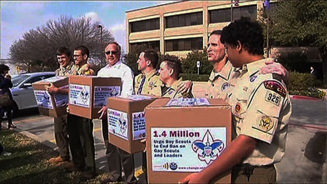 The Boy Scouts of America received more than 1.4 million signatures Monday at its national headquarters in Irving asking for the organization to accept gay members.