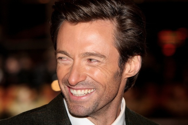 Hugh Jackman Rips Cell-Toting Theatergoer on Stage