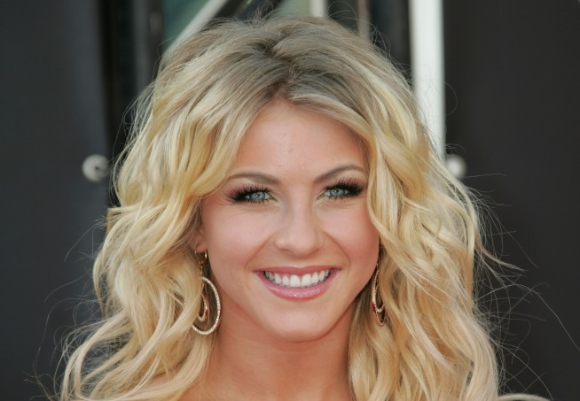 "Julianne Hough Won't Return to ""Dancing With the Stars"""