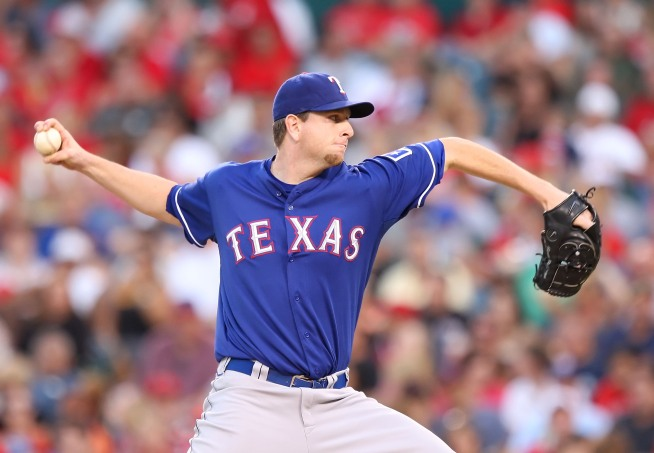 Feldman Pitches Rangers to 3-0 Victory Over Twins