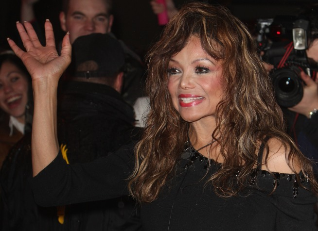 "La Toya: I'm Skipping ""DWTS"", But Would Do ""Idol"""