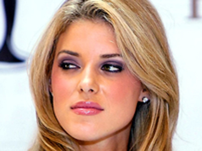 Carrie Prejean Engaged to NFL Star
