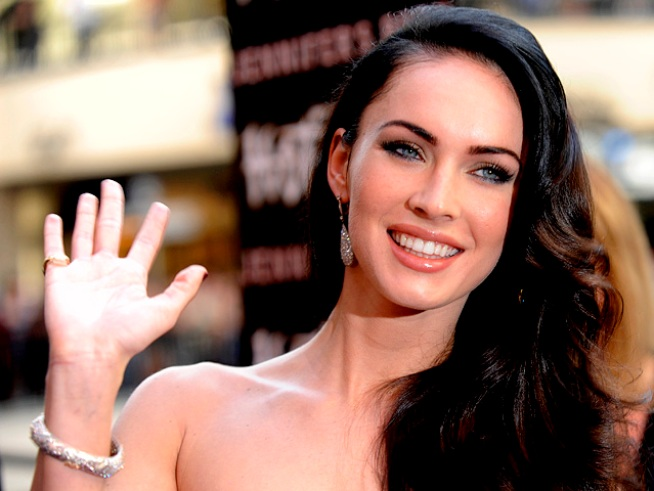 Megan Fox talks with Access' guest correspondent Quddus about her new indie film with Mickey Rourke,
