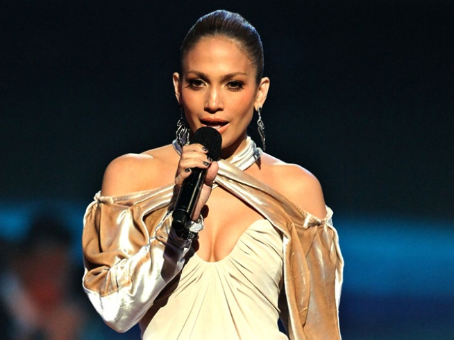 "Jennifer Lopez Takes Over ""Lopez Tonight"""
