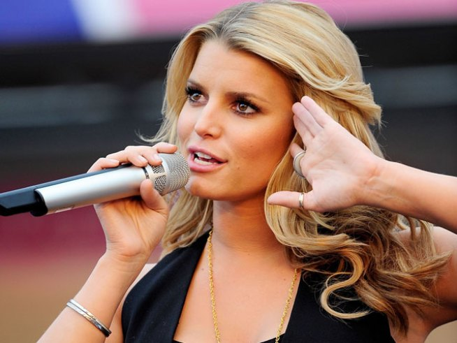 Jessica Simpson Working to Send Shoes to Haiti