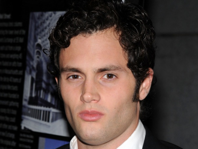"""Gossip Girl"" Star Penn Badgley on Halloween Costume Horrors"