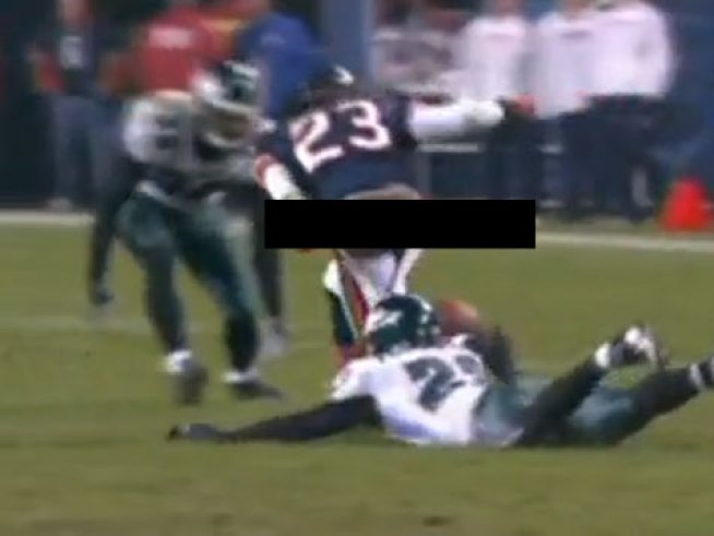 Devin Hester Pantsed on National Television