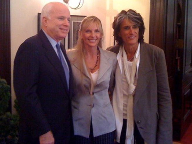 McCain Shows His Rock-Star Side