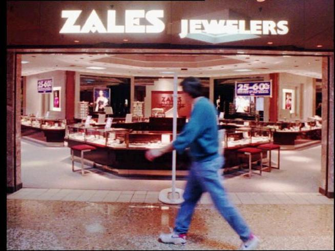 Zale Corp. Closed 118 stores in 2Q