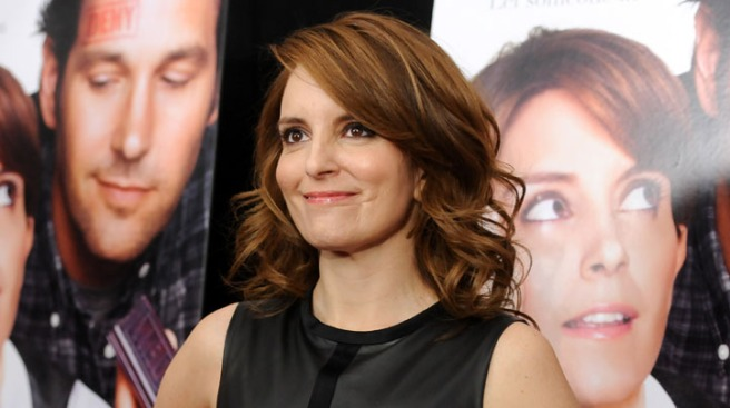 Tina Fey Reveals She Was Robbed, Shows David Letterman Surveillance Tape