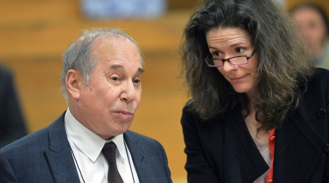 Paul Simon, Edie Brickell's Disorderly Conduct Case Delayed