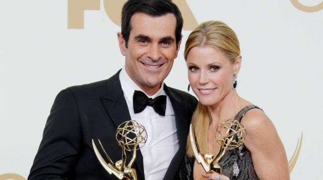 "Stars of ""Modern Family"" Reach Contract Deal"