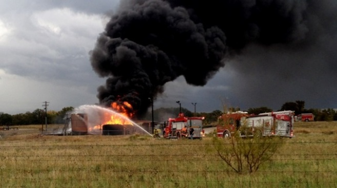 Fire at Saltwater Disposal Well Near Boyd