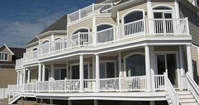 Comedian Artie Lange Lists Beach House