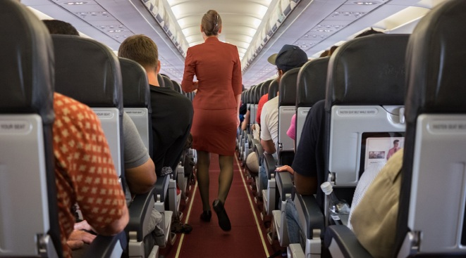 FCC Chairman Wants to Keep Ban on In-Flight Cellphone Calls
