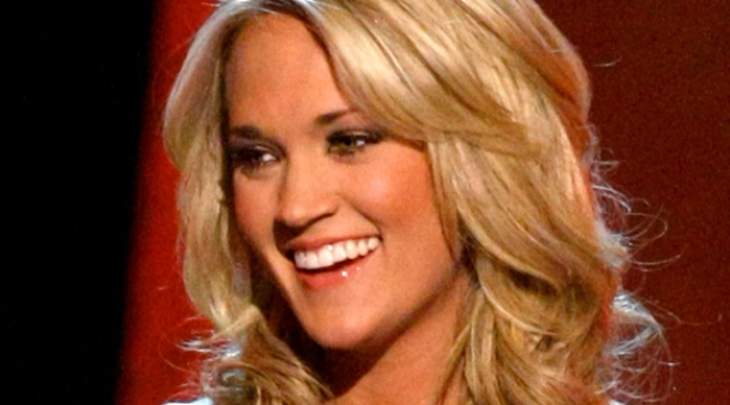 Carrie Underwood Takes Top Honors at ACM