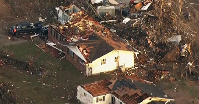 One dead as tornado rakes northern IL