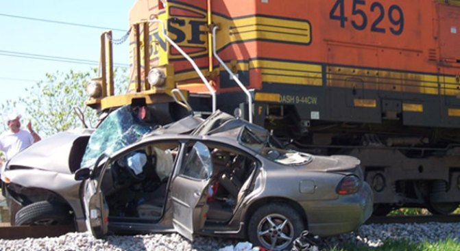 Driver Trying to Beat Train Doesn't