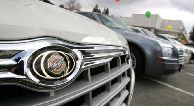 Chrysler Looks to Shutter 789 Dealerships