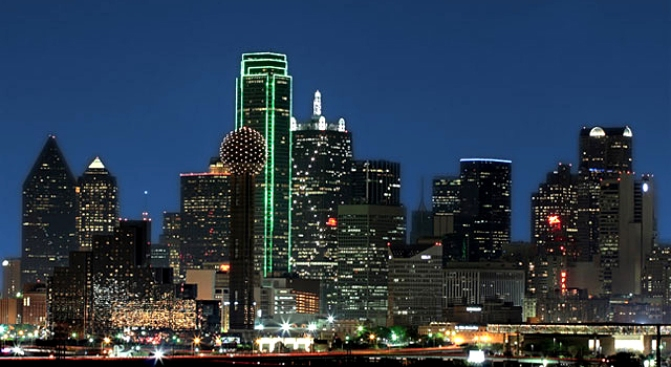 Dallas Darkens for Earth Hour