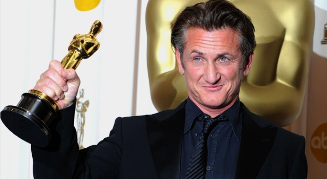 Sean Penn Takes a Time Out