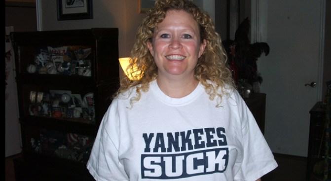 """""""Yankees Suck"""" Offends Texas Rangers' Delicate Sensitivities"""