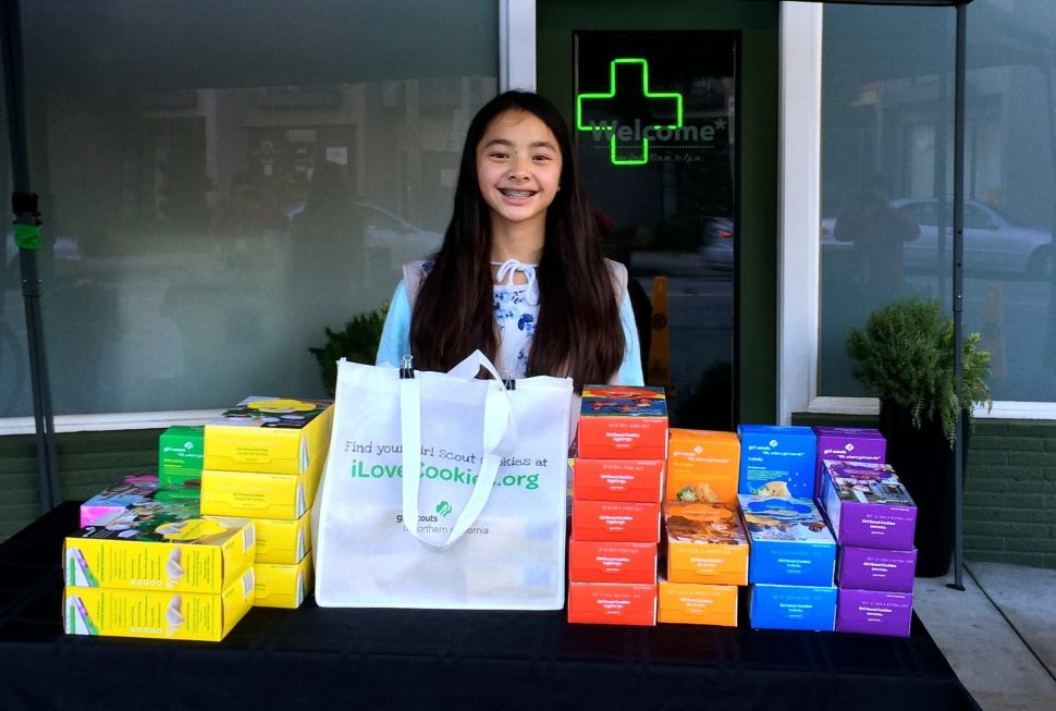 Girl Scout Returns to Pot Dispensary to Sell Her Cookies