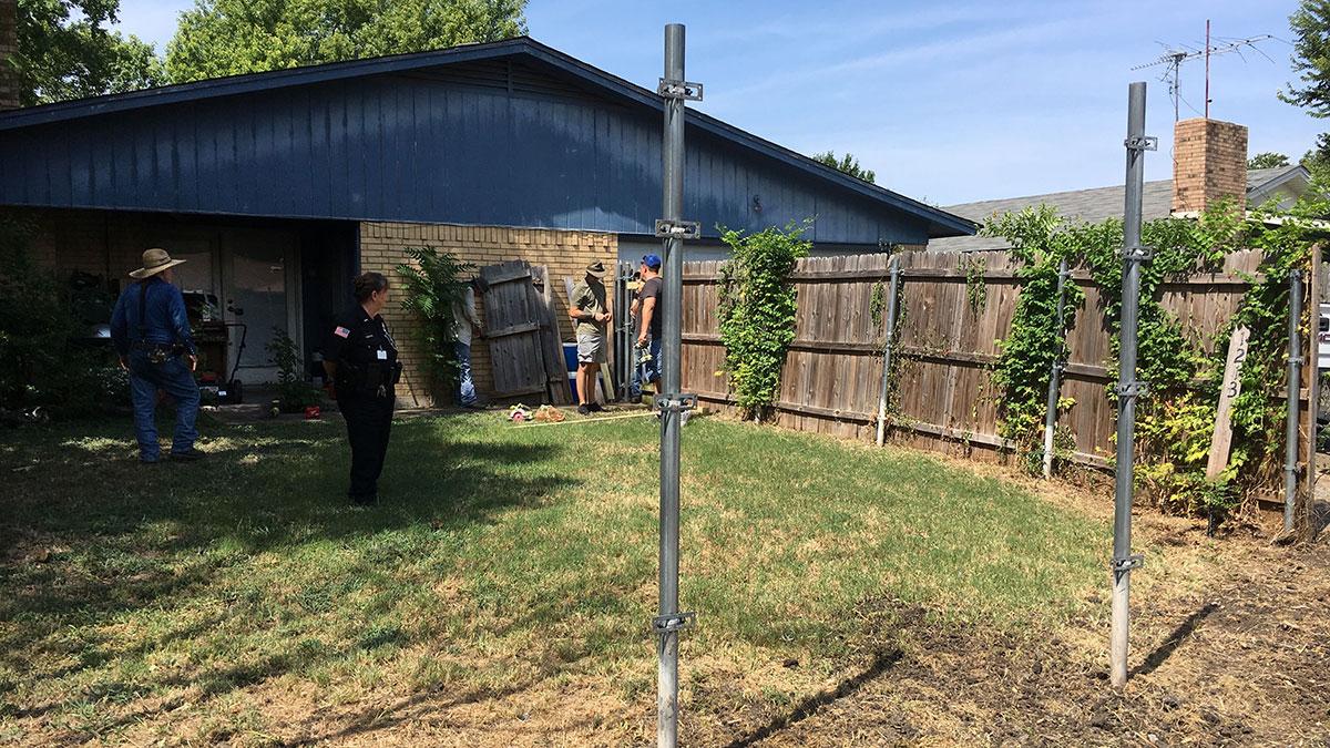 Garland Good Samaritans Fix Fence for Elderly Man in Trouble