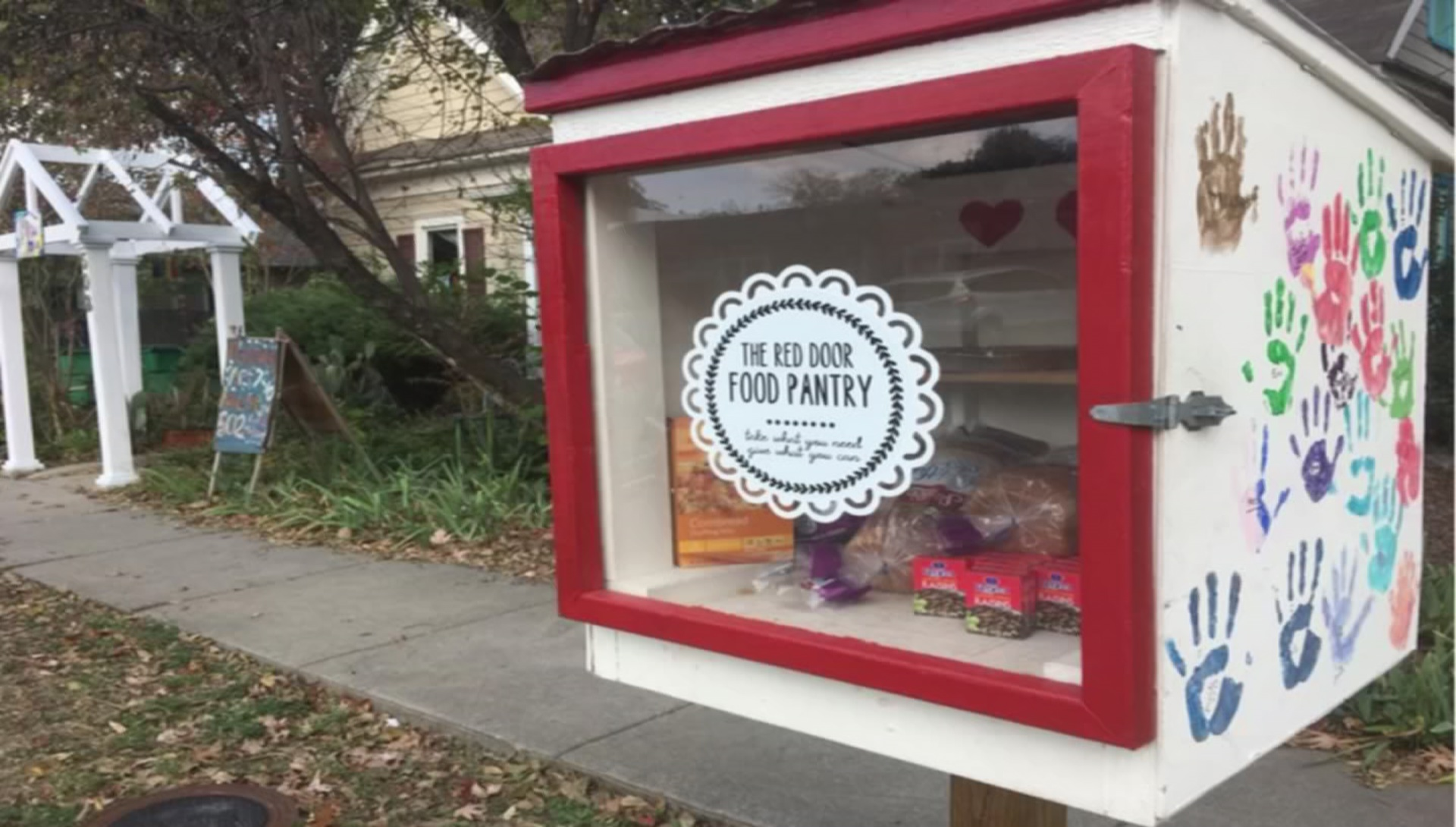 Red Door Food Pantry Getting New Location Fort Worth News Newslocker
