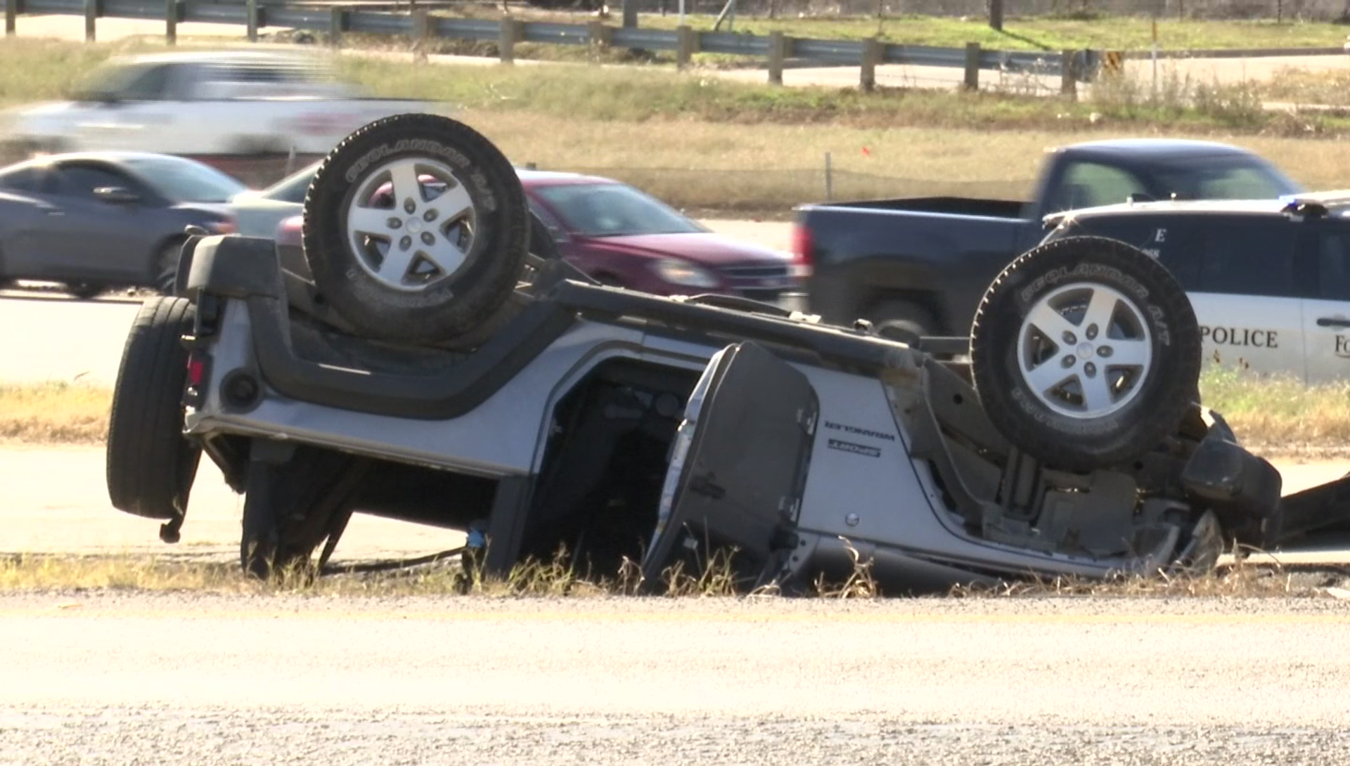 Rollover Accident at 820 South - Fort Worth news - NewsLocker