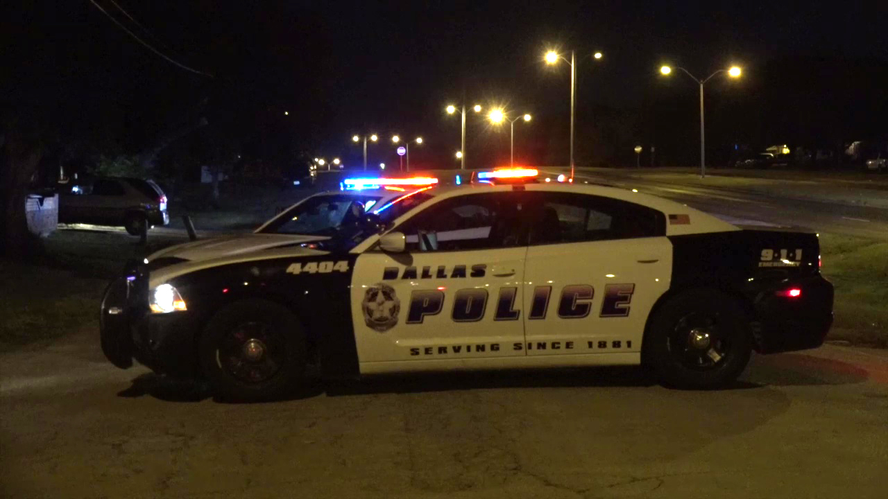 officer injured in crash with suspected red-light runner - dallas