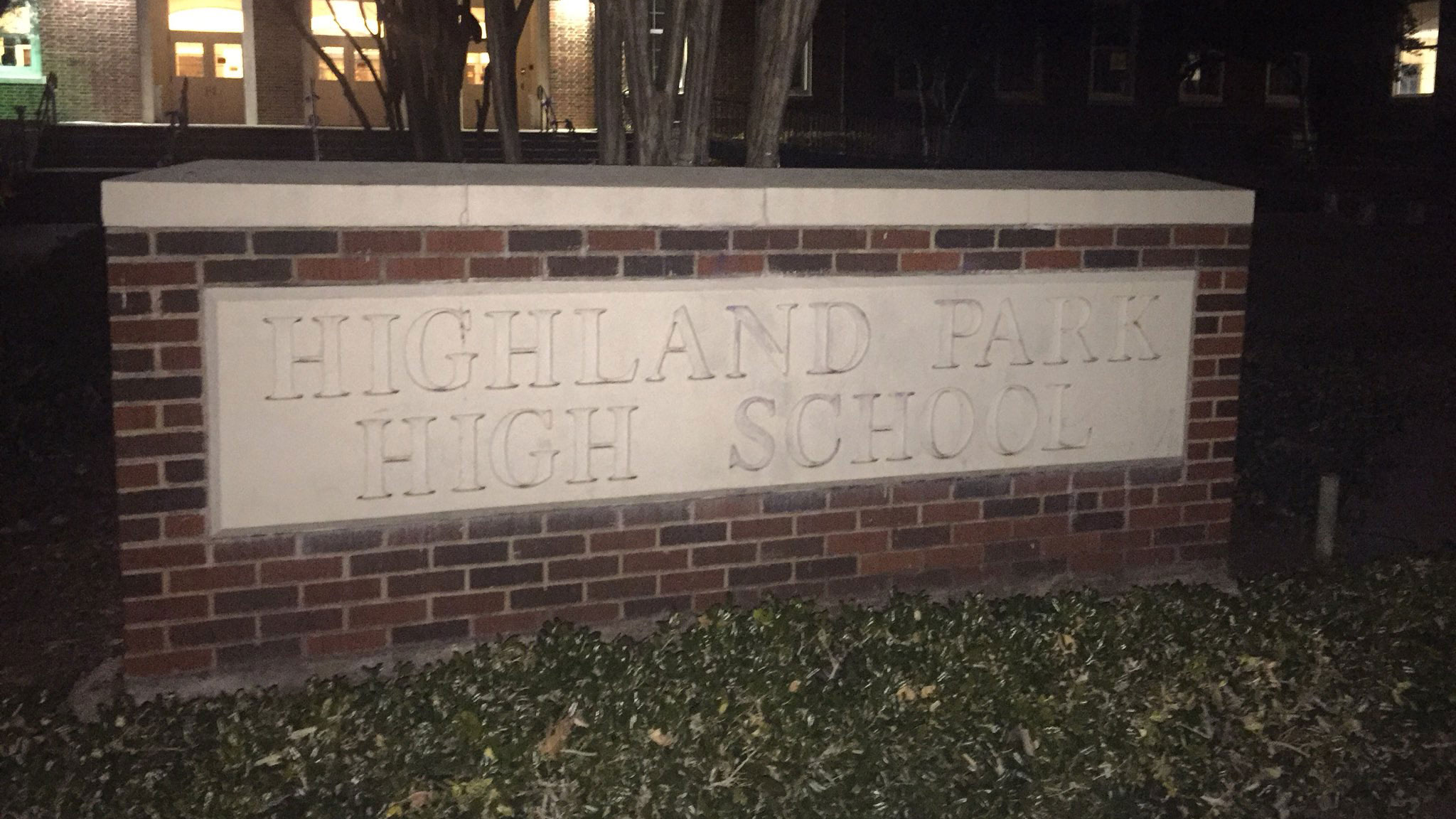 Highland Park High School Closed Due to No Heat