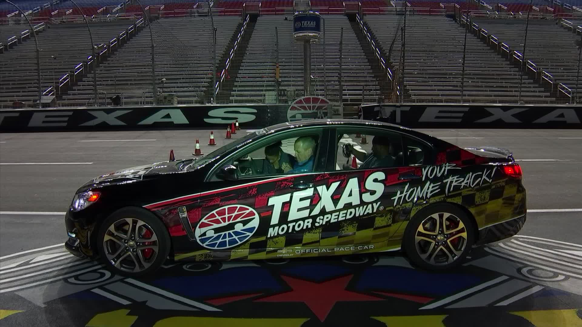 O 39 reilly 500 revs up at texas motor speedway dallas news for Nascar tickets for texas motor speedway