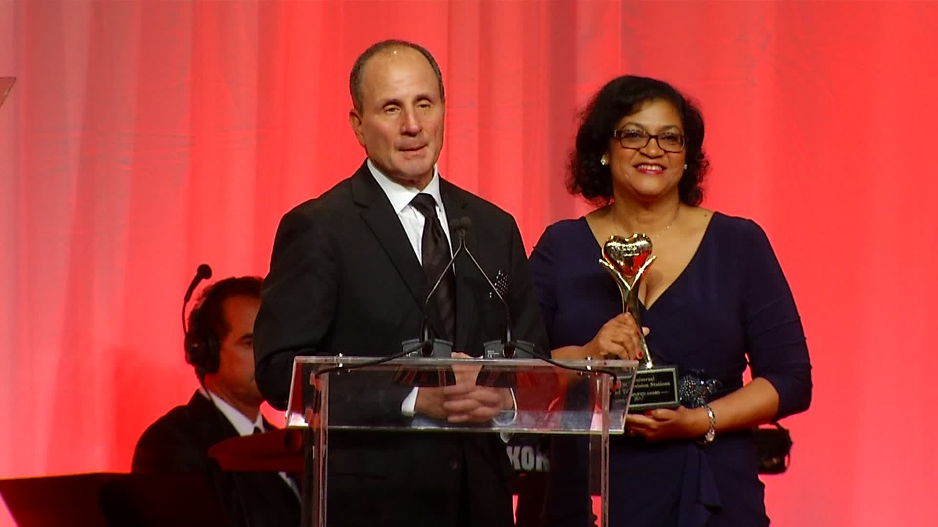 NBC 5 Recognized at Petco Foundation's Annual Awards Gala